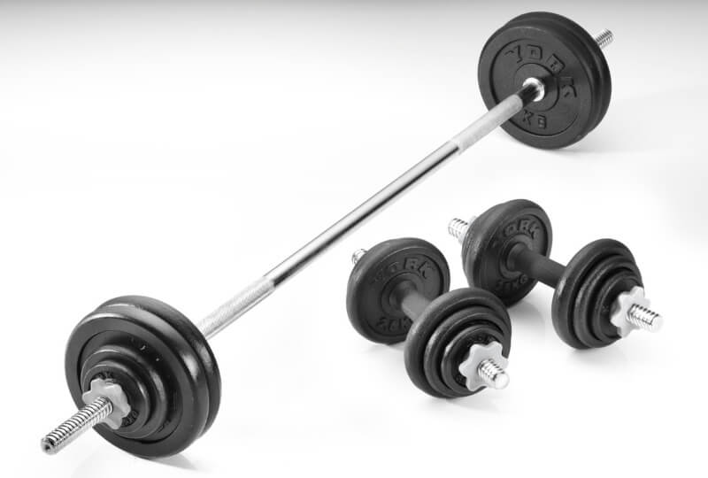 Barbell Vs Dumbbell causes a constant battle among gymers