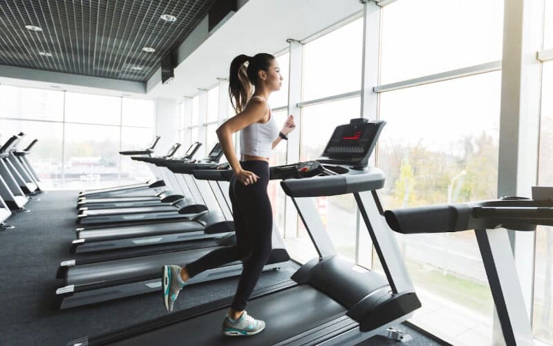 Learn proper running skills when using a treadmill