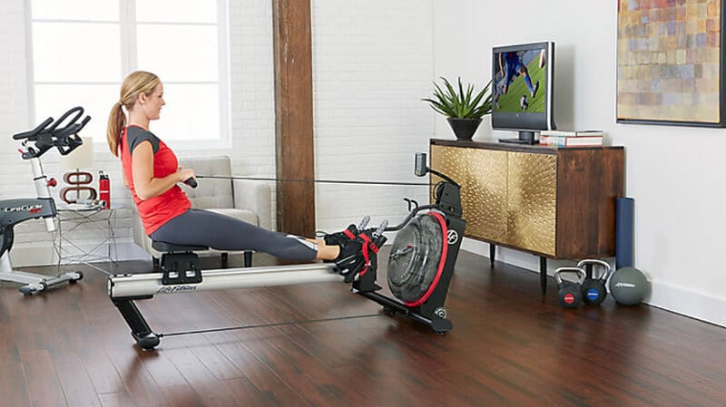 Workout with a rower is the best way to lose fat
