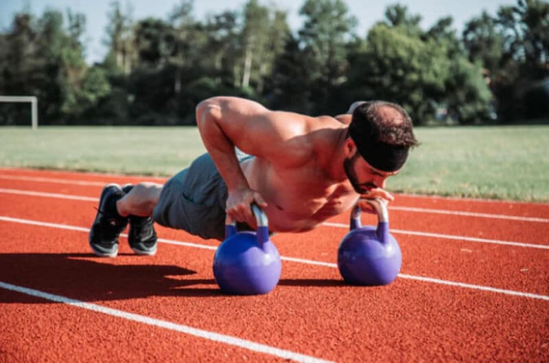 Top 4 Benefits of Kettlebell Exercising 1